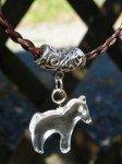 Bijoux en crins de chevaux